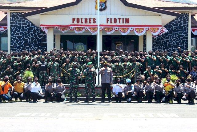 Sinergitas TNI POLRI, Polres Flotim Lakukan Penyambutan 188 Prajurit Remaja Kodim 1624 Larantuka