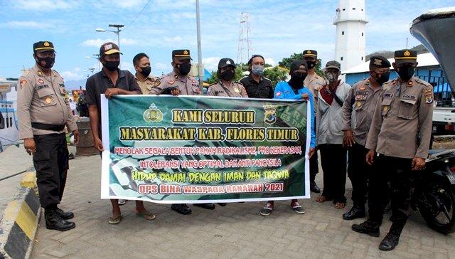 Operasi Bina Waspada, Polres Flotim Blusukan Beri Penyuluhan Paham Radikalisme