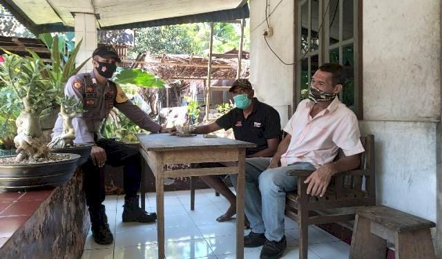 Bhabinkamtibmas Bripka Bondan Rutin Patroli Sambang Desa Binaannya
