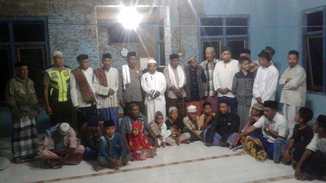 Safari Ramadhan, Kasat Binmas Polres Flotim Melaksanakan Giat Safari Tarawih Keliling Di Masjid Nurul Falah Croweriang